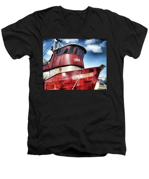 The Chasina Men's V-Neck T-Shirt