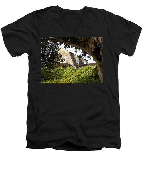 The John Dubois House Men's V-Neck T-Shirt