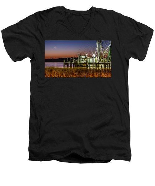 The Low Country Way - Folly Beach Sc Men's V-Neck T-Shirt
