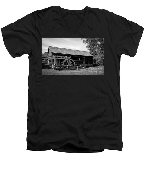 The Old Grist Mill, Vermont Men's V-Neck T-Shirt