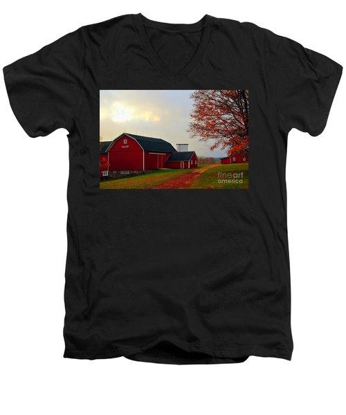 The Orignal Historic Eggle Farms Barn That Burned Down Men's V-Neck T-Shirt