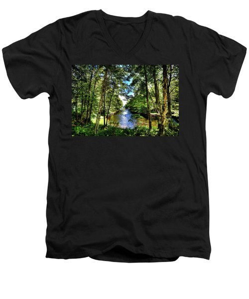 Men's V-Neck T-Shirt featuring the photograph The River At Covewood by David Patterson