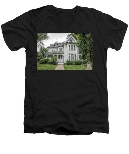 The Summer White House Men's V-Neck T-Shirt