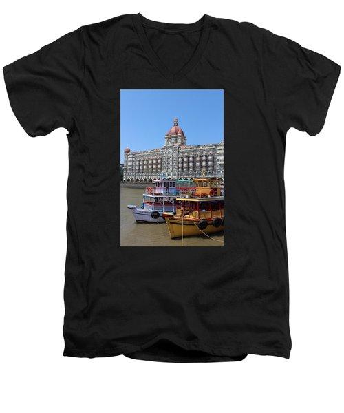 The Taj Palace Hotel And Boats, Mumbai Men's V-Neck T-Shirt