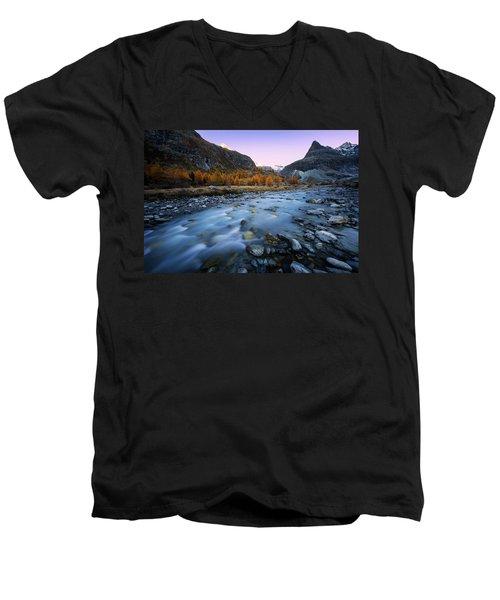 The Witnesses Men's V-Neck T-Shirt
