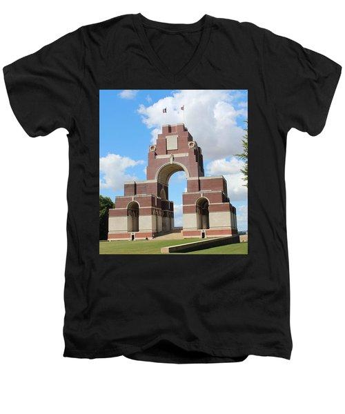 Thiepval Men's V-Neck T-Shirt