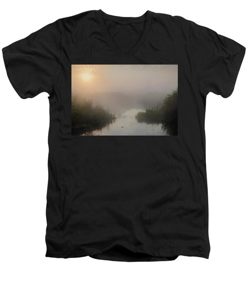 Thorhild County Pond Men's V-Neck T-Shirt