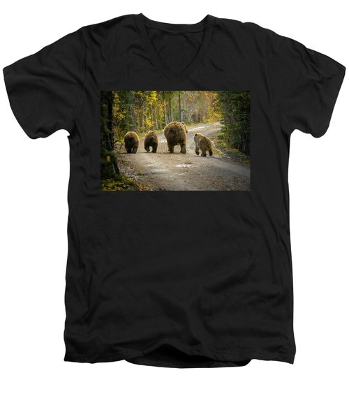 Three Little Bears And Mama Men's V-Neck T-Shirt