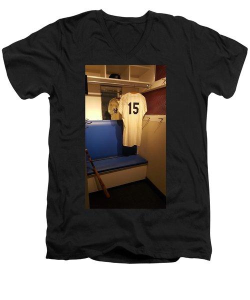 New York Yankee Captian Thurman Munson 15 Locker Men's V-Neck T-Shirt
