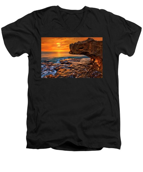 To God Be The Glory - Sunrise Over Ocean Reef Park On Singer Island Florida Men's V-Neck T-Shirt