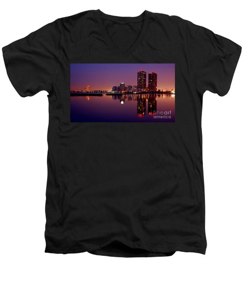 Toronto Cracking Dawn Men's V-Neck T-Shirt