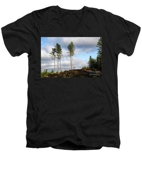 Men's V-Neck T-Shirt featuring the photograph Towards The Sky by Kennerth and Birgitta Kullman