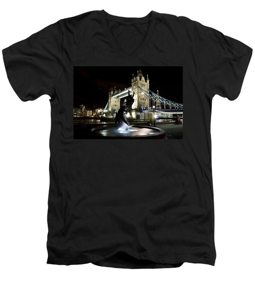 Tower Bridge With Girl And Dolphin Statue Men's V-Neck T-Shirt