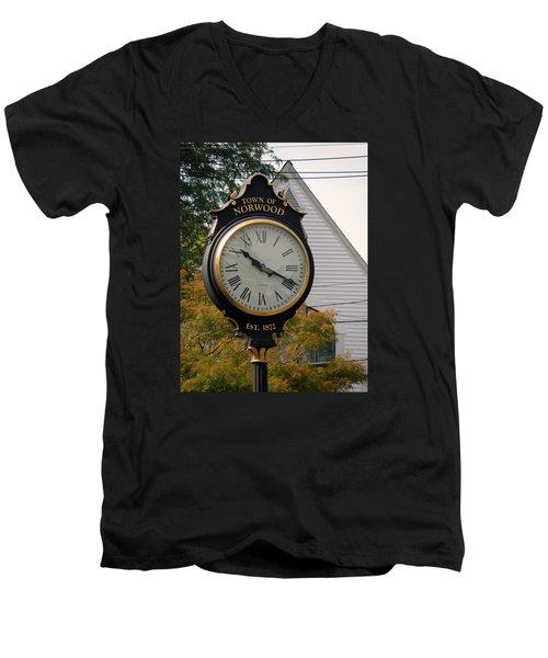Town Landmark Men's V-Neck T-Shirt