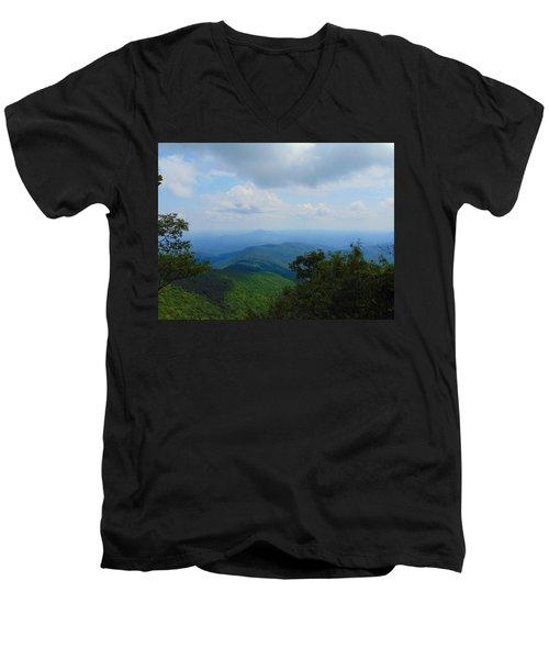 Tray Mountain Summit - North Men's V-Neck T-Shirt