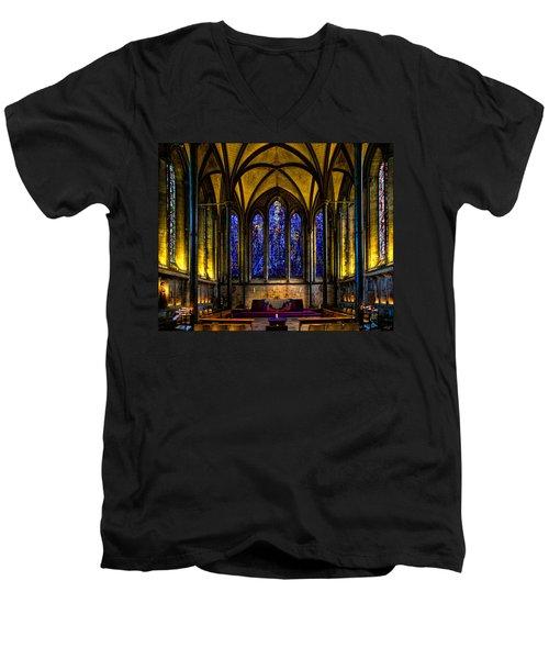 Trinity Chapel Salisbury Cathedral Men's V-Neck T-Shirt