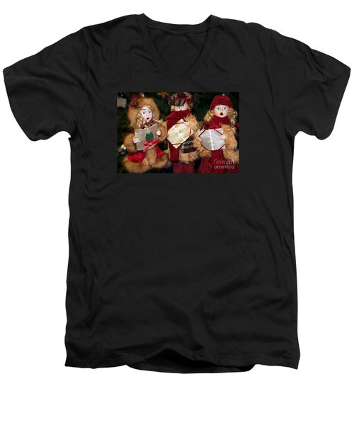 Men's V-Neck T-Shirt featuring the photograph Trio Of Carolers by Vinnie Oakes