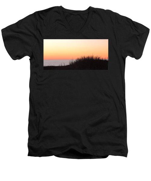 Tufty View Men's V-Neck T-Shirt