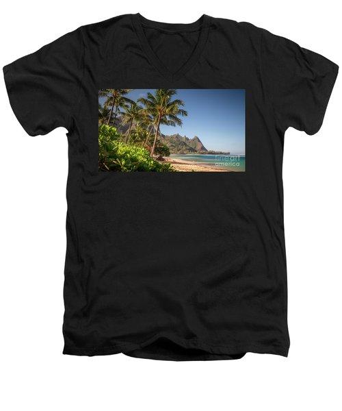 Tunnels Beach Haena Kauai Hawaii Bali Hai Men's V-Neck T-Shirt