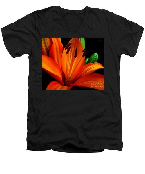 Underglo  Men's V-Neck T-Shirt