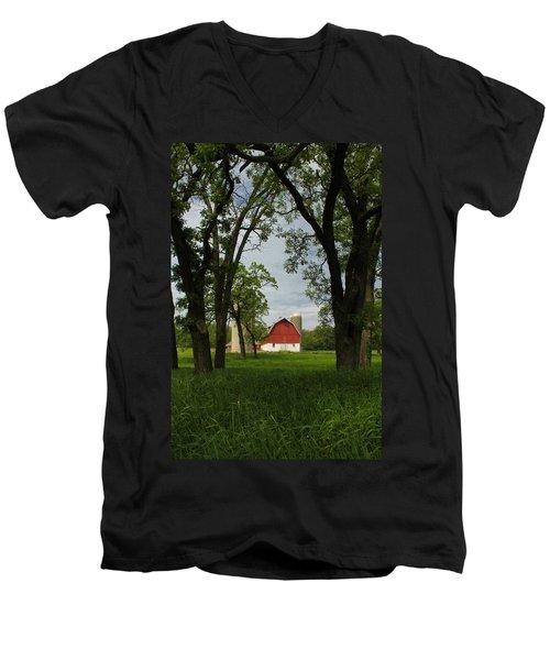 Up Yonder Men's V-Neck T-Shirt