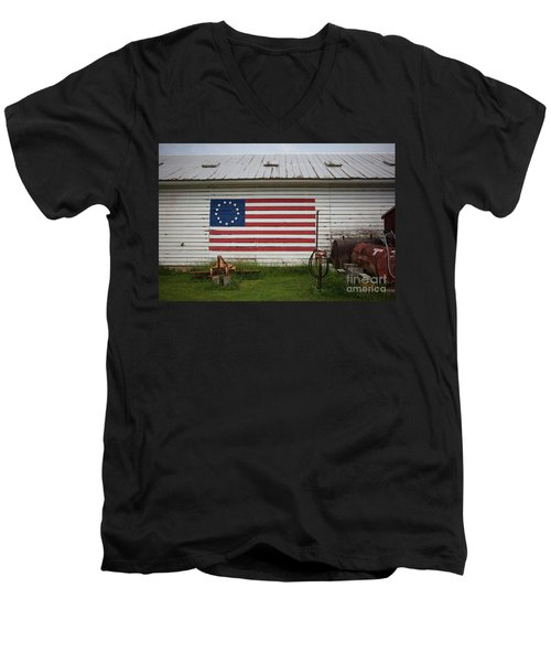 Us Flag Barn Men's V-Neck T-Shirt