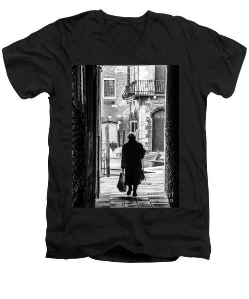Venetian Silhoutte Lady Men's V-Neck T-Shirt