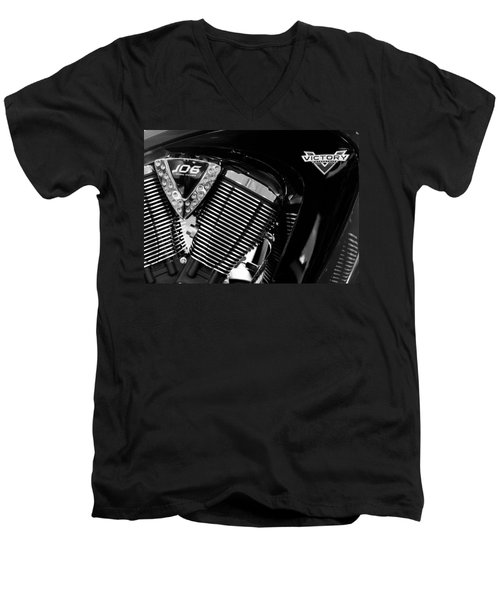 Victory Bw V1 Men's V-Neck T-Shirt