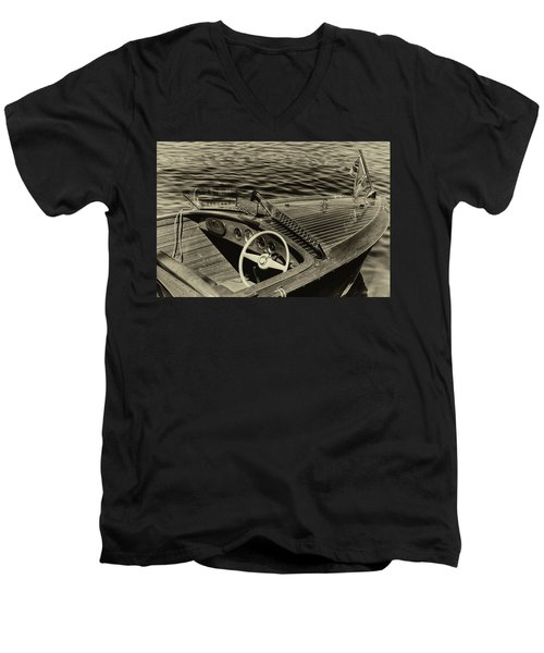 Vintage 1958 Chris Craft Utility Boat Men's V-Neck T-Shirt