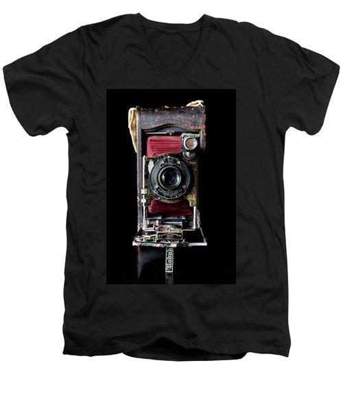 Vintage Bellows Camera Men's V-Neck T-Shirt