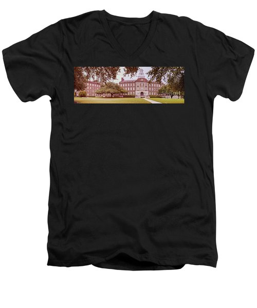 Vintage Panorama Of The Fondren Science Building At Southern Methodist University - Dallas Texas Men's V-Neck T-Shirt