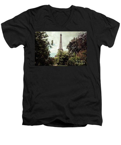 Vintage Paris Landscape Men's V-Neck T-Shirt