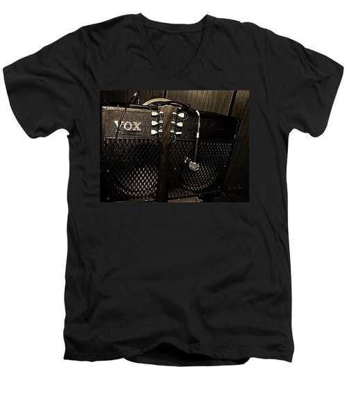 Vox Amp Men's V-Neck T-Shirt