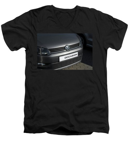 Vw Occasion Men's V-Neck T-Shirt by Hans Engbers