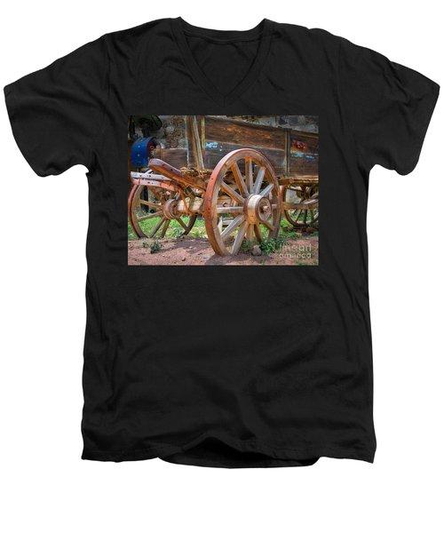 Wagons Ho Men's V-Neck T-Shirt
