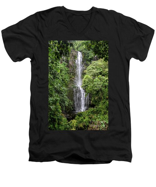 Wailua Falls On The Road To Hana, Maui, Hawaii Men's V-Neck T-Shirt