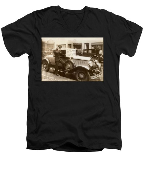Wall Street Crash, 1929 Men's V-Neck T-Shirt