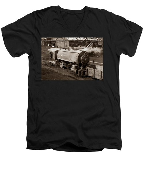Wanamie Pennsylvania Coal Mine Locomotive Lokey 1969... Men's V-Neck T-Shirt