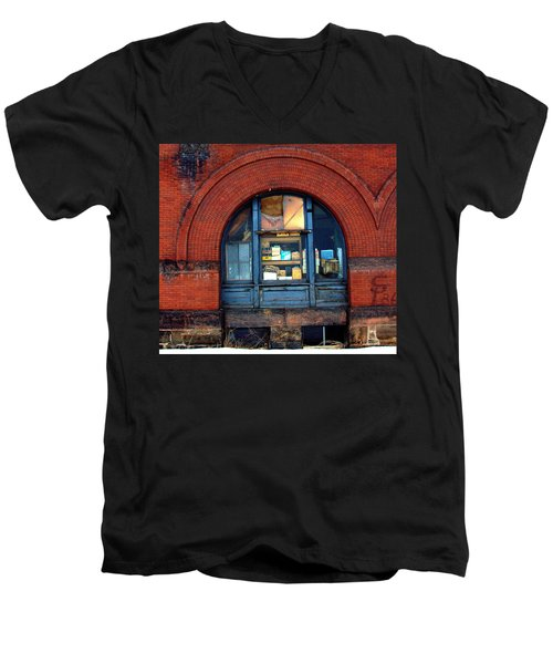 Warehouse Men's V-Neck T-Shirt