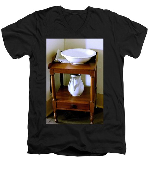 Washstand Men's V-Neck T-Shirt