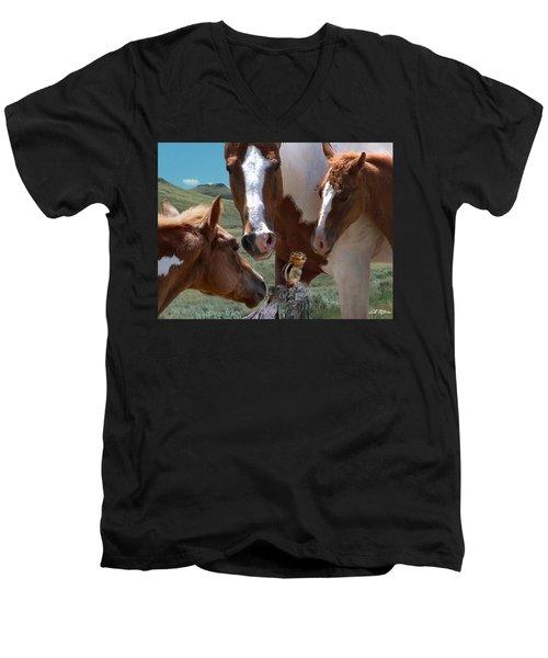 Watizit Men's V-Neck T-Shirt