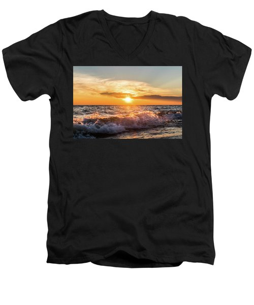 Waves Crashing With Suset Men's V-Neck T-Shirt
