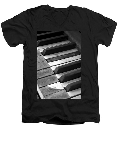 Weathered Music Men's V-Neck T-Shirt