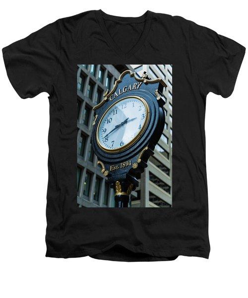 Western Time Men's V-Neck T-Shirt