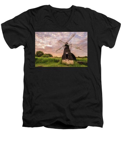 Wicken Wind-pump At Sunset II Men's V-Neck T-Shirt