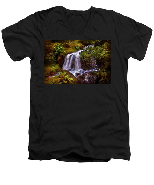 Wilderness. Rest And Be Thankful. Scotland Men's V-Neck T-Shirt