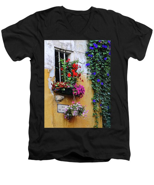 Window Garden In Arles France Men's V-Neck T-Shirt