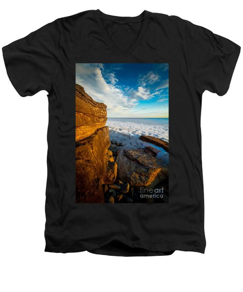 Winter Beach Sunset Men's V-Neck T-Shirt