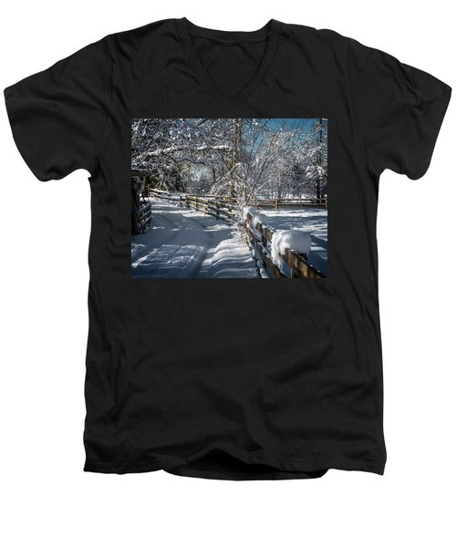 Winter On Ruskin Farm Men's V-Neck T-Shirt