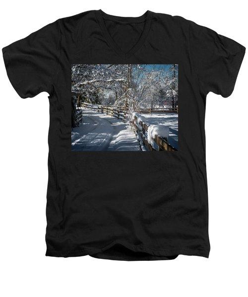 Winter On Ruskin Farm Men's V-Neck T-Shirt